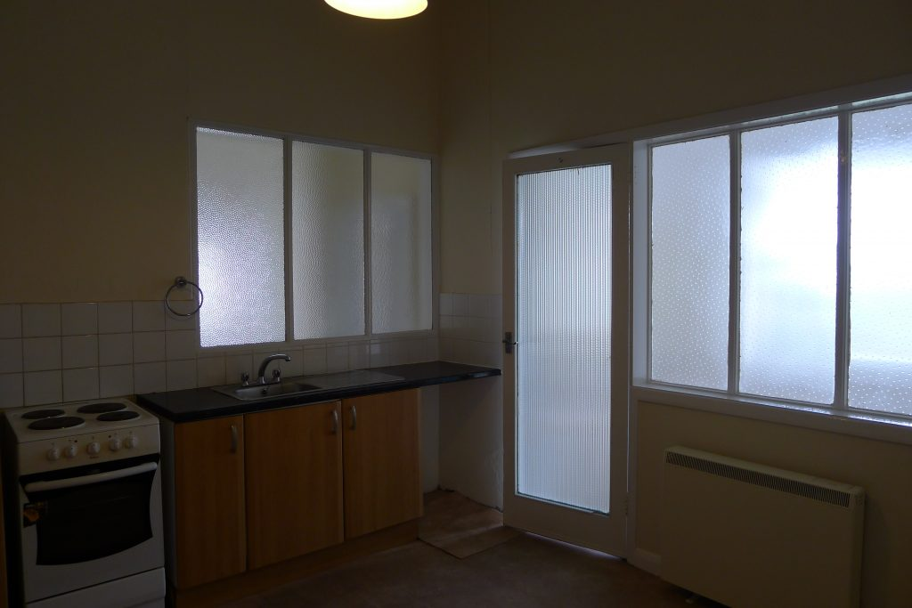 Property-12-knowles-hill (6)