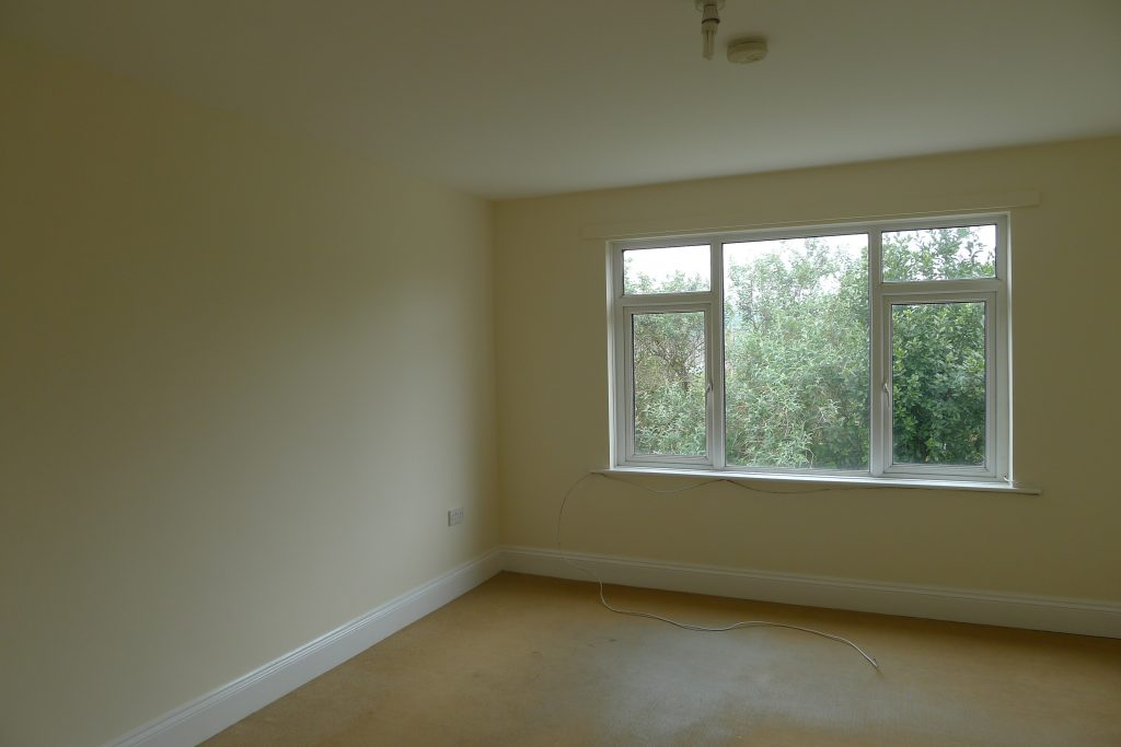 Property-12-knowles-hill (8)