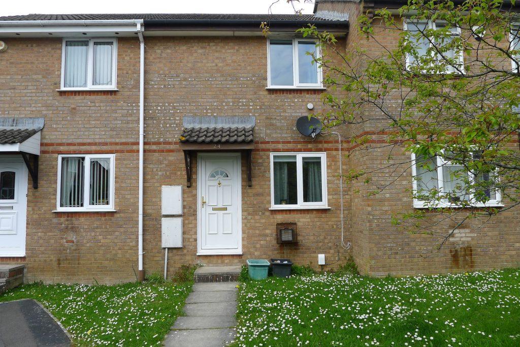 Property-24-Holmes-Road (2)