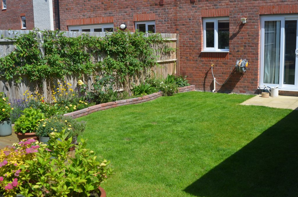Property-Robin-Way-Kingsteington (7)
